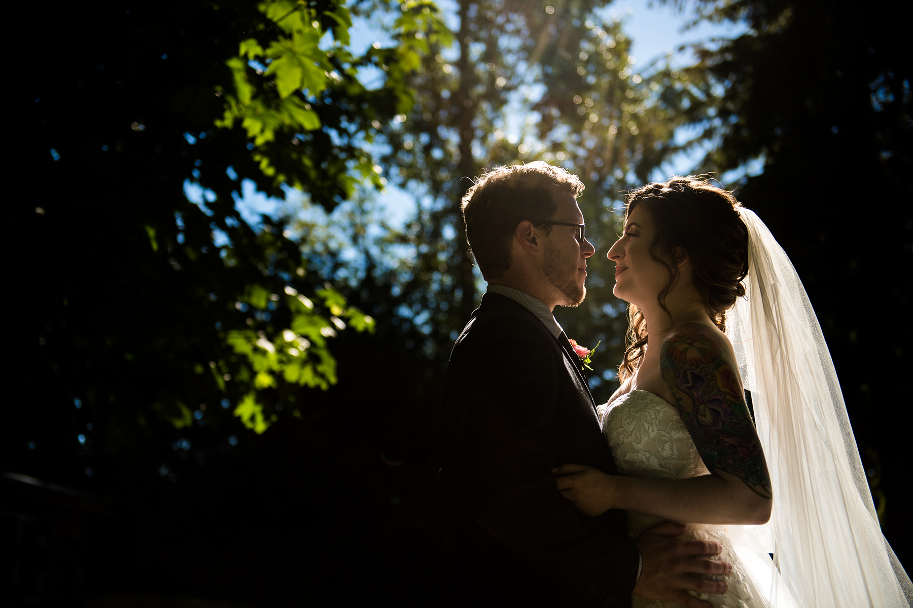 Bellingham backyard creative wedding portraits