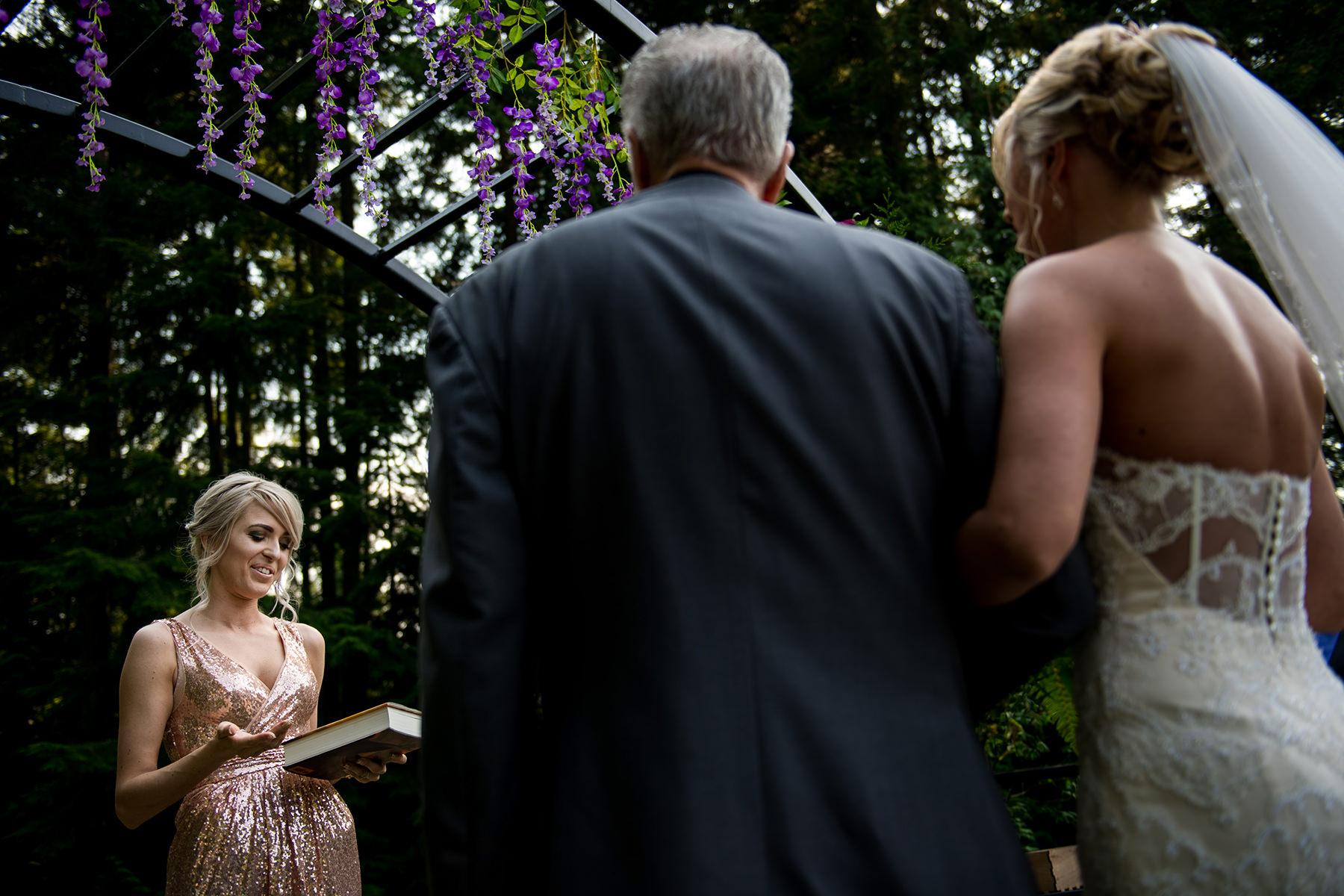 bride sister officiating wedding