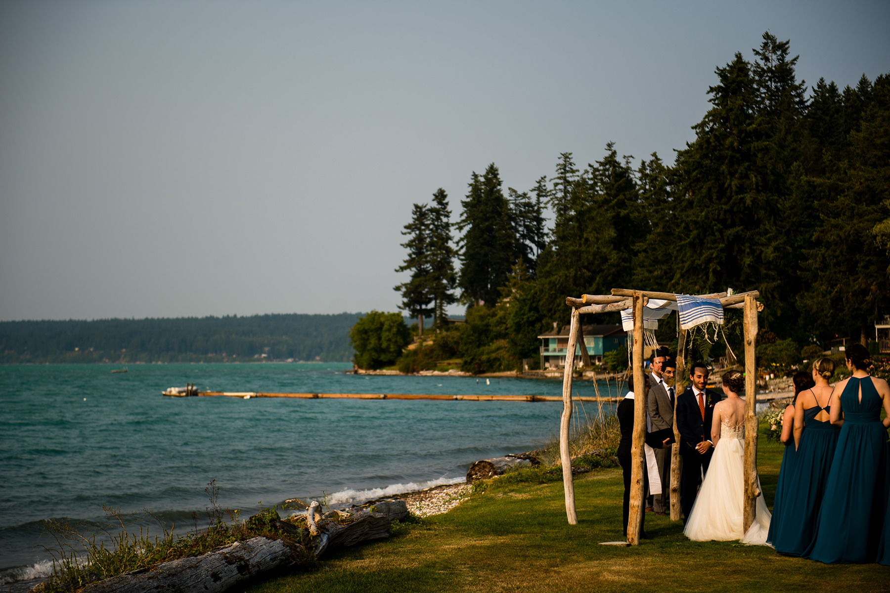 kitsap waterfront wedding ceremony
