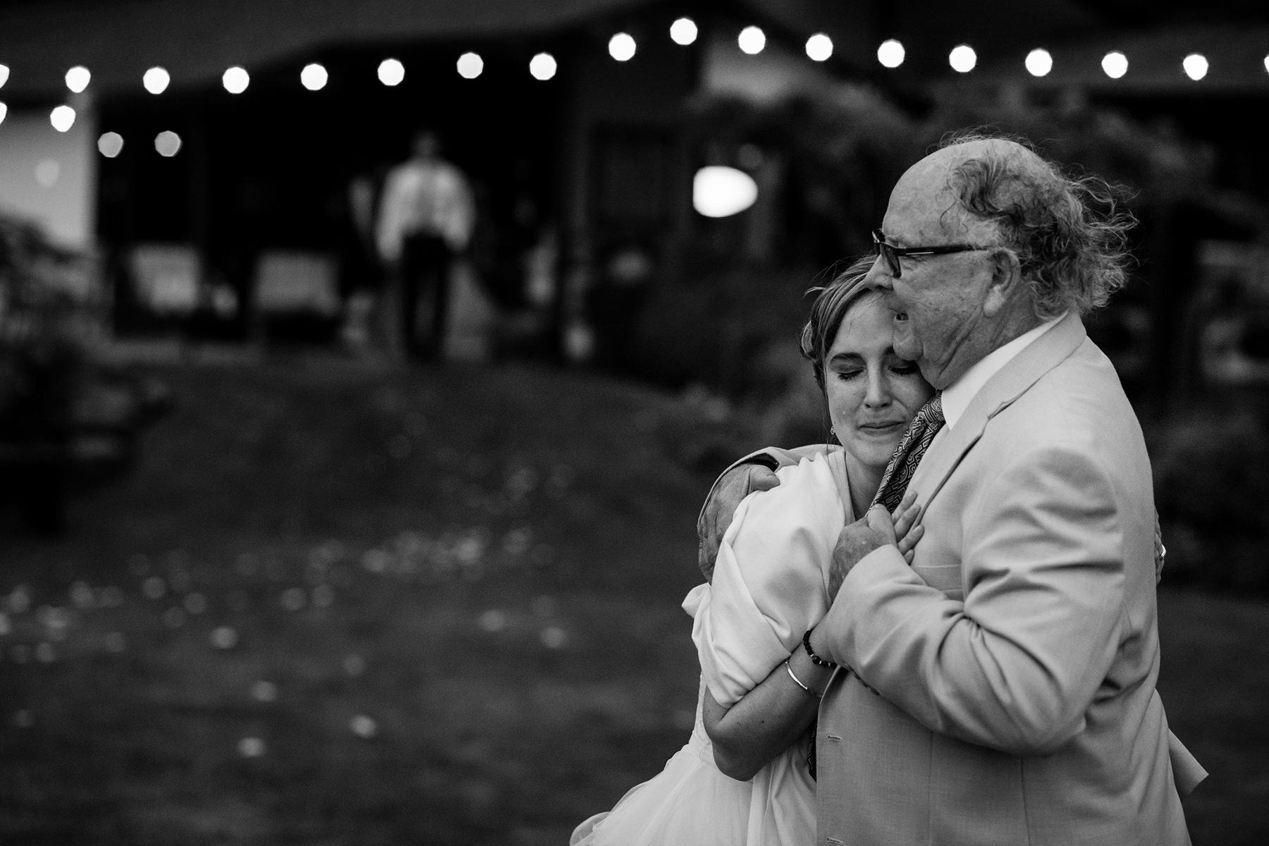 bride and grandfather dance